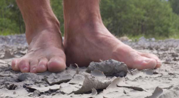 How To Treat Dry Cracked Feet