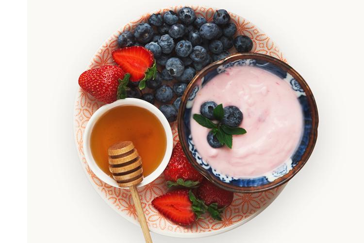 Healthy Fall Snacks - Greek Yogurt