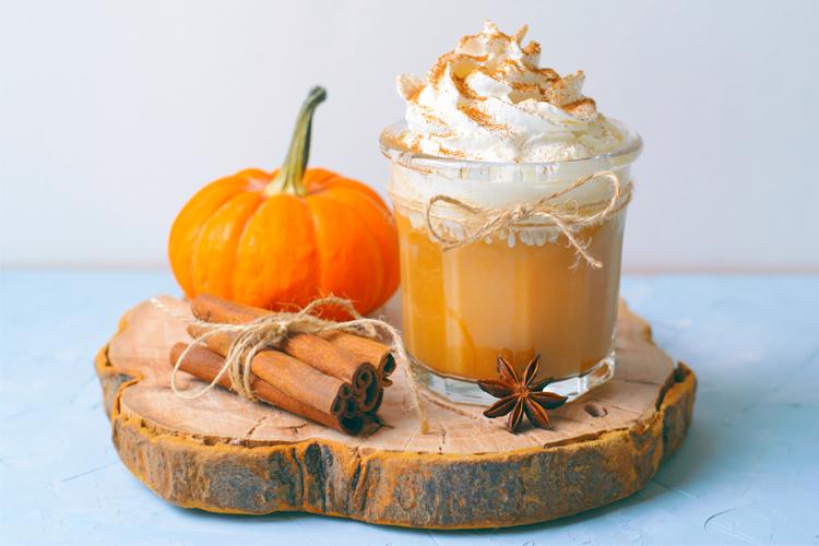Healthy Fall Snacks - Pumpkin Spice Latte