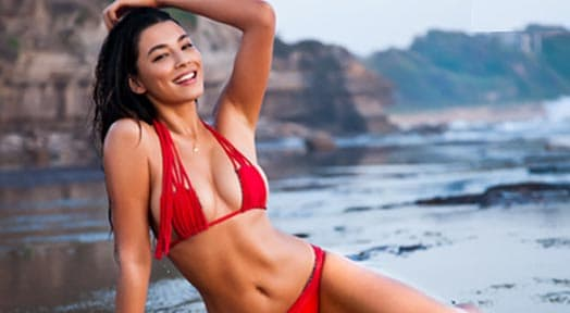 Jessica Gomes Sports Illustrated Swimsuit Model