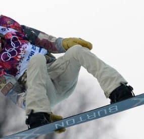 Shaun White Leads Halfpipe; Mancuso Wins First U.S. Skiing Medal