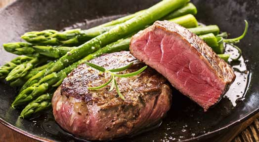 Health Fit Recipes for Men - Filet Mignon with Grilled Asparagus