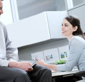 Tips on How to Woo a Career Minded Woman