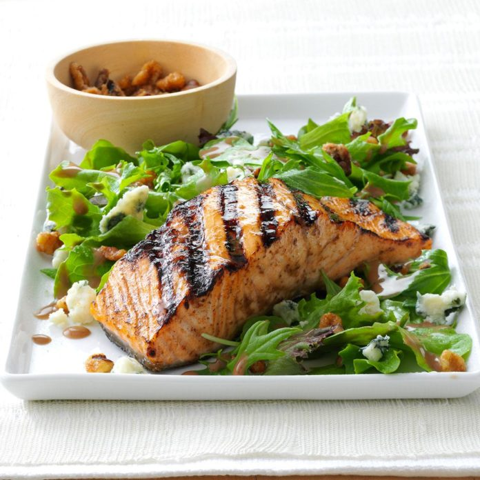 Salmon and Mixed Greens