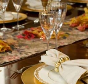 Dressing Your Thanksgiving Table