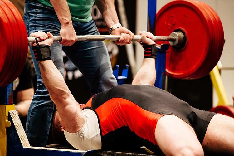 right trainer is important for proper powerlifting